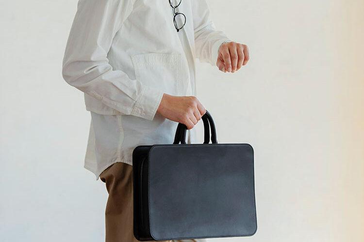 【悲報】男用バッグ、正解が存在しない